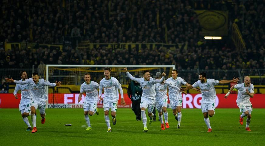 Pokal-Wahnsinn in Dortmund! Nach verhältnismäßig ereignisarmen 90 Minuten (1:1) brechen in der Verlängerung zwischen dem BVB und Werder Bremen alle Dämme