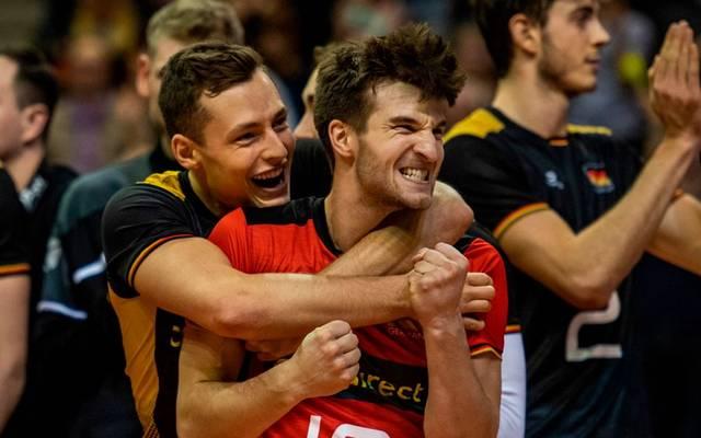 Ein Sieg fehlt noch: Die deutschen Volleyballer greifen nach dem Olympia-Ticket