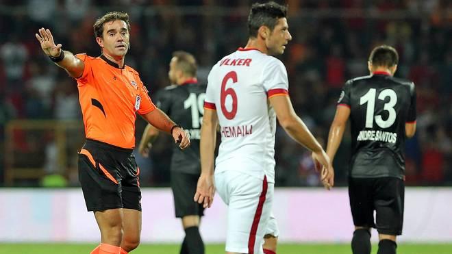 Schiedsrichter Cagatay Sahan