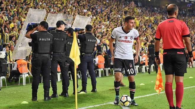 Die Polizei war im Istanbuler Derby in höchster Alarmbereitschaft
