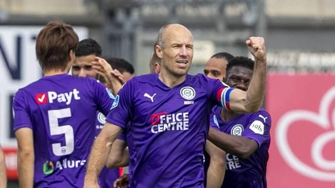 Arjen Robben bejubelt den Sieg des FC Groningen