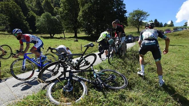 Emanuel Buchmann stürzt bei der Dauphiné und muss die Tour-Generalprobe aufgeben