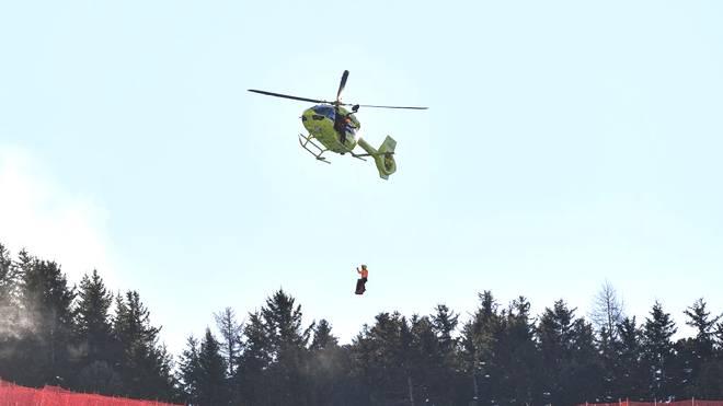 Hannes Reichelt wurde nach seinem Sturz in Bormio mit dem Hubschrauber geborgen
