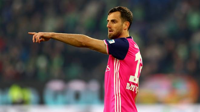 HSV: Mergim Mavraj übt scharfe Kritik an Trainer Christian Titz