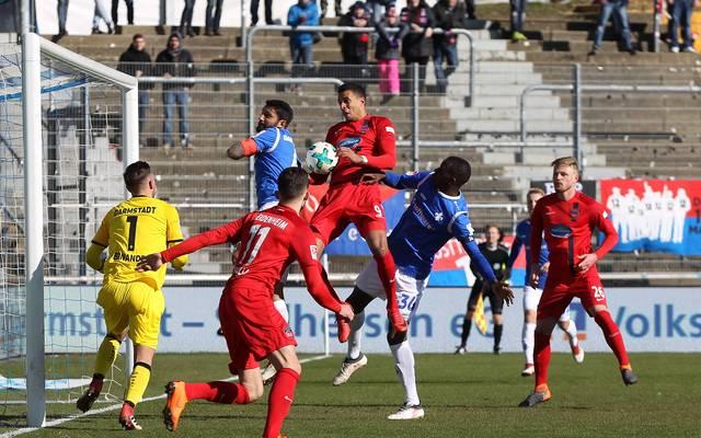 Darmstadt 98 gegen den 1. FC Heidenheim