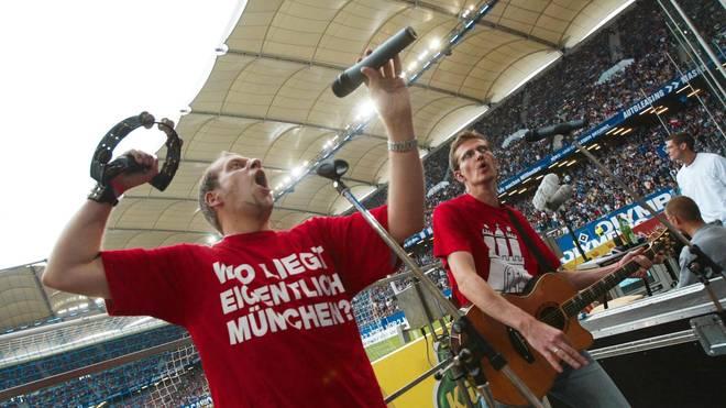Fussball: 1. BL 03/04, HSV - FC Bayern Muenchen