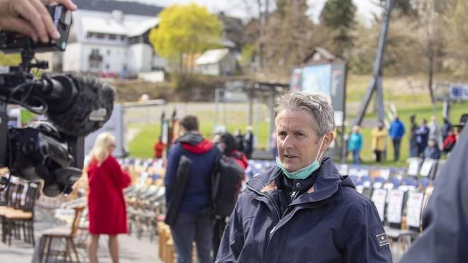 Jens Weißflog ist unter anderem dreimaliger Olympiasieger im Skispringen
