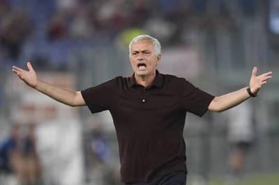 José Mourinho ist wieder da. Mit der AS Rom legt er einen Bilderbuchstart in der Serie A hin. Gelingt dem Portugiesen wieder ein Meisterstück?
