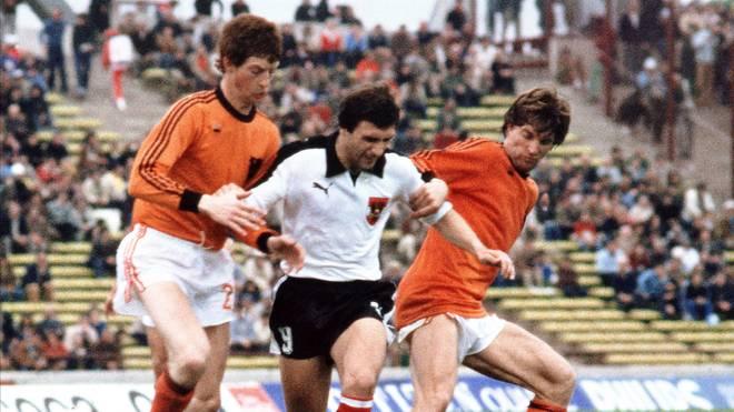 Johann Krankl (M.) bei der WM 1978 im Spiel gegen die Neiderlande