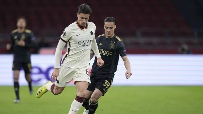 Riccardo Calafiori wurde von einem Balljungen abgeworfen