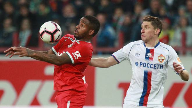 Jefferson Farfán (links) spielt seit 2017 in Russland
