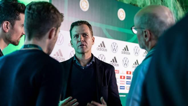 Oliver Bierhoff zählt das deutsche Team nicht zu den Titelanwärtern