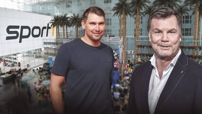 Moderator Thomas Helmer empfängt Patrick Helmes im CHECK24 Doppelpass