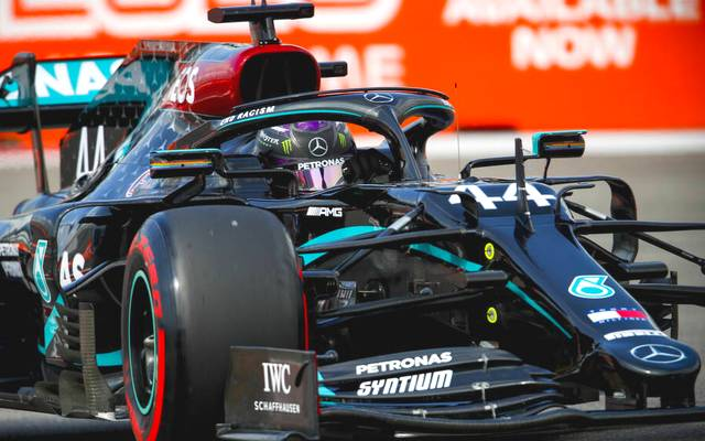 2020 Russian GP SOCHI AUTODROM, RUSSIAN FEDERATION - SEPTEMBER 26: Lewis Hamilton, Mercedes F1 W11 EQ Performance during the Russian GP at Sochi Autodrom on Saturday September 26, 2020 in Sochi, Russian Federation. (Photo by Zak Mauger LAT Images) Images) PUBLICATIONxINxGERxSUIxAUTxHUNxONLY GP2010_094334_54I8954