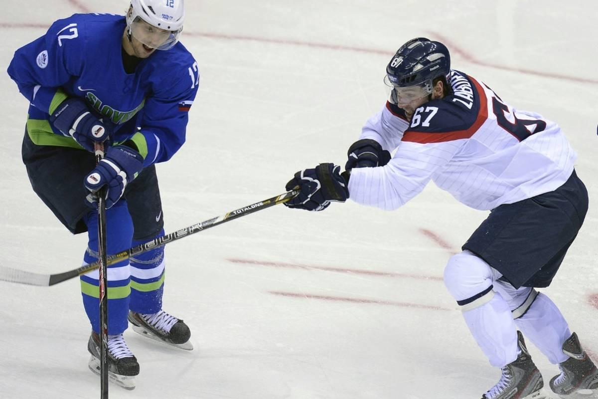Die Schwenninger Wild Wings haben sich für den Abstiegskampf in der bislang strauchelnden Offensive mit Tomas Zaborsky personell verstärkt.