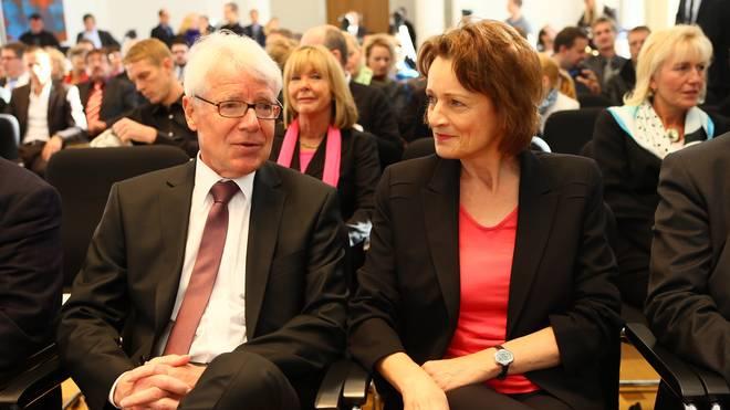 Dagmar Freitag (r.) mit DFL-Präsident Reinhard Rauball