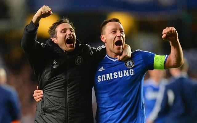 Frank Lampard (l., mit John Terry) wird neuer Trainer des FC Chelsea