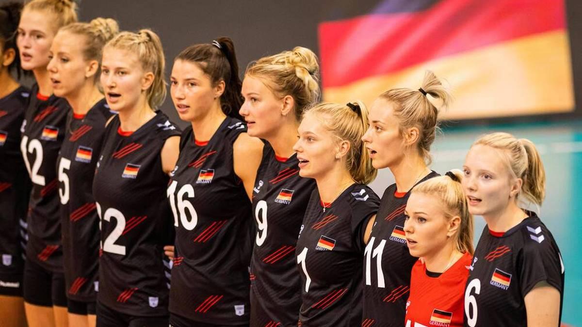 Lina Aslemeier (Nr.9) geht mit der Erfahrung von 24 Länderspielen in die Europameisterschaft