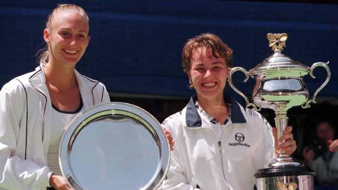 Martina Hingis (mit Mary Pierce) wurde 1997 zur jüngsten Nummer 1 aller Zeiten