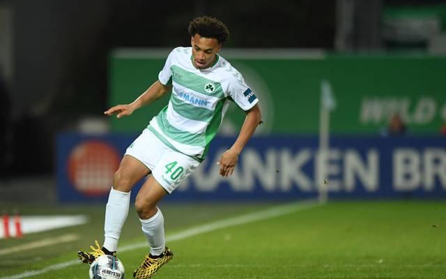 Jamie Leweling steht auf dem Wunschzettel von Schalke 04