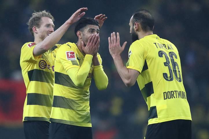 Was wird aus Schürrle (l.), Toprak (r.) und Co.? Sieben Spieler von Borussia Dortmund, die in der Saison 2019/20 auf Leihbasis bei anderen Vereinen gespielt haben oder noch spielen, kehren zumindest vorübergehend  zum BVB zurück