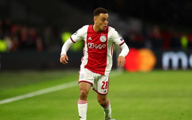 Der FC Bayern hat nach SPORT1-Informationen Interesse an Ajax' Sergino Dest