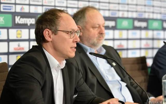 Mark Schober (li.) und Andreas Michelmann (re.) sprechen sich im Namen des DHB klar für die Handball-WM aus.