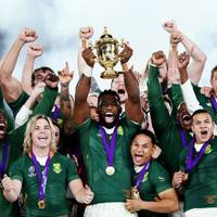 Südafrika schlägt England und setzt sich Rugby-Krone auf