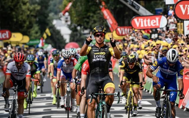 Tour de France 2018: 13. Etappe heute LIVE im TV, Stream und Ticker, Der Niederländer Dylan Groenewegen setzt sich im Massensprint durch