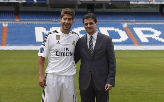 Juni (r.) mit Lucas Silva