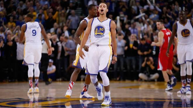 MVP Stephen Curry (M.) steurte 31 Punkte zum Warriors-Sieg bei