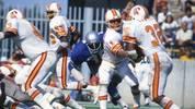 NFL, 26 Spiele, Tampa Bay Buccaneers (76/77): In den letzten Jahren waren die Cleveland Browns die Lachnummer der Liga - 26 Spiele in Serie verloren aber selbst sie nicht. Die Buccaneers schon. Und zwar die ersten 26 ihrer Teamgeschichte (0:14 im 1. Jahr). Erst in ihrer 2. Saison gab es den ersten Sieg