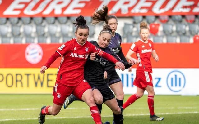 Lina Magull (l.) brachte den FC Bayern in Führung