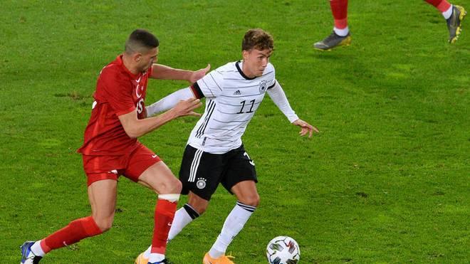 Als Stürmer kam Luca Waldschmidt immer wieder zu guten Chancen und traf auch. So ist er für Joachim Löw wertvoll.