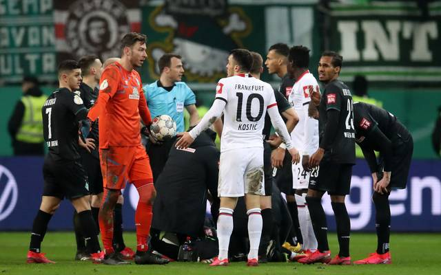 FRANKFURT AM MAIN, GERMANY - MARCH 04: Filip Kostic of Eintracht Frankfurt reacts after receiving a red card during the DFB Cup quarterfinal match between Eintracht Frankfurt and Werder Bremen at Commerzbank Arena on March 04, 2020 in Frankfurt am Main, Germany. (Photo by Alex Grimm/Bongarts/Getty Images)