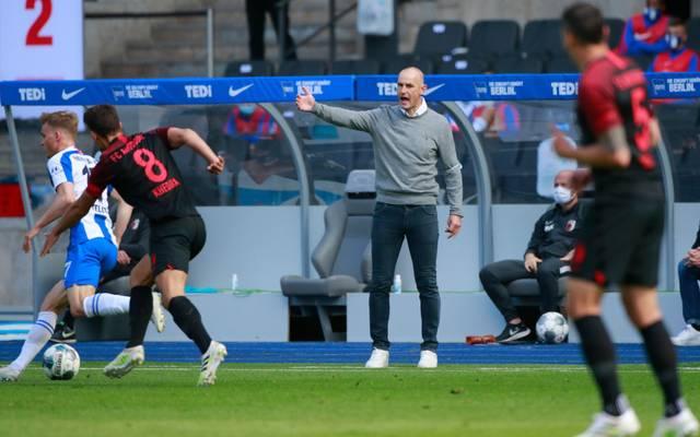 Heiko Herrlich wartet noch auf seinen ersten Sieg mit dem FC Augsburg