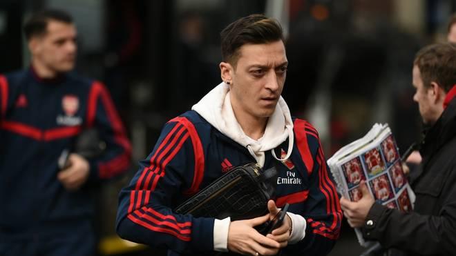 Mesut Özil ist sich nach SPORT1-Informationen mit den Bossen von Fenerbahce Istanbul längst einig.