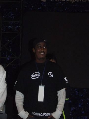 2006 zeigte sich SpawN im klassischen schwarzen Dress von SK Gaming. Damals schon hatte die deutsche Organisation mit Intel einen finanzkräftigen Partner an der Seite