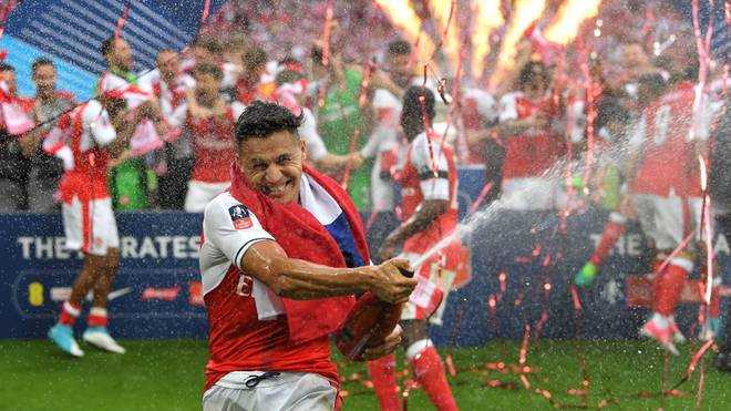 Alexis Sánchez feiert den Sieg des FA Cups 2017