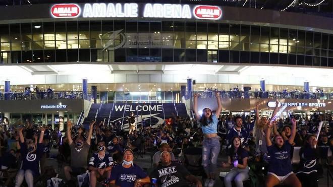 In Tampa ging es vor der Amalie Arena hoch her