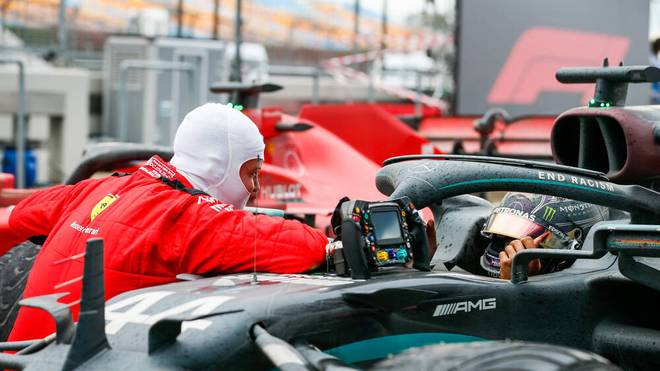 Auf Sebastian Vettel (l.) und Lewis Hamilton wartet künftig noch mehr Arbeit