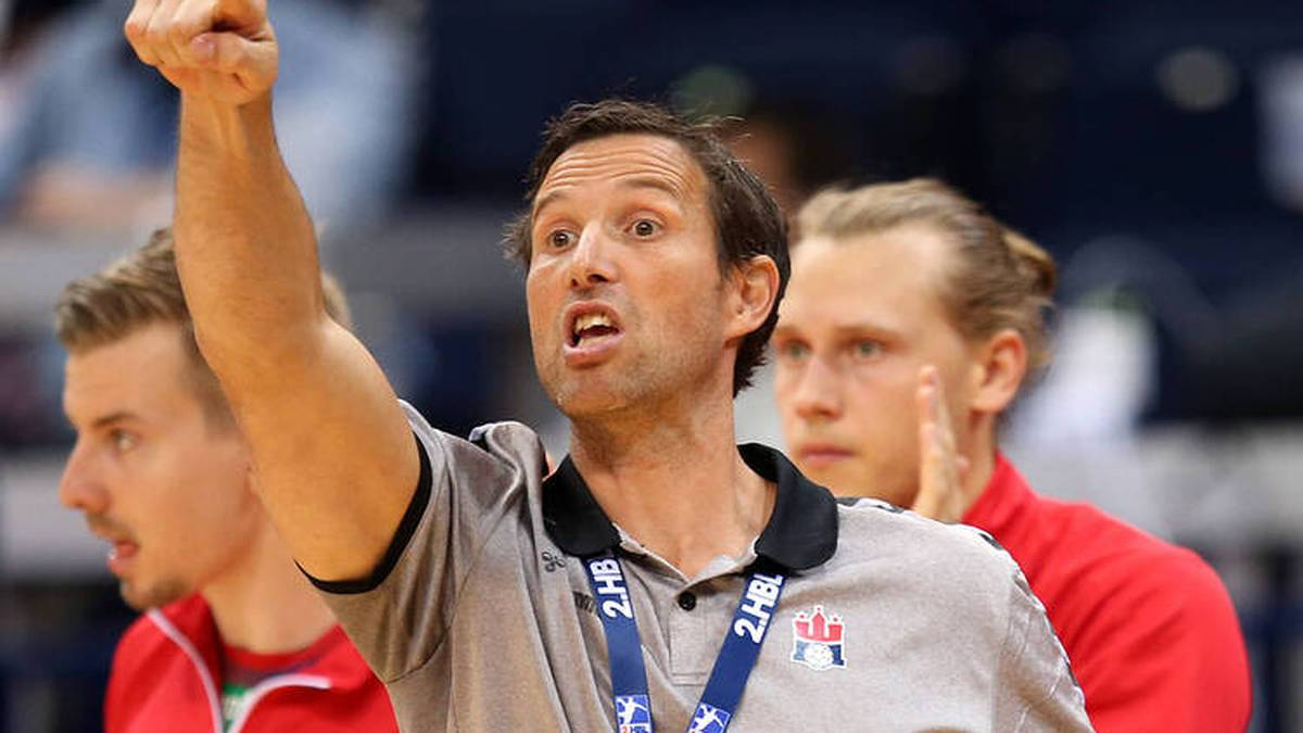 HSV-Trainer Torsten Jansen ärgert sich über die unterschiedlichen Zuschauer-Regeln in der HBL