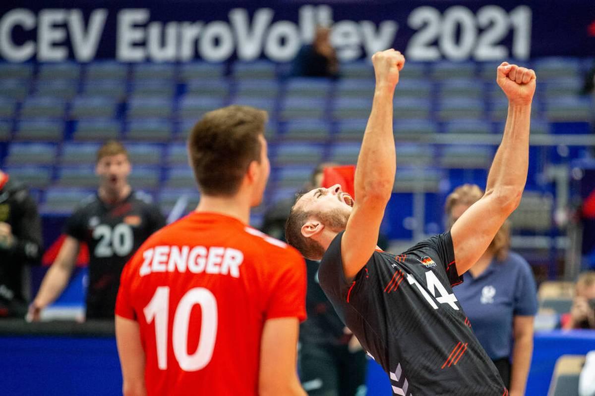 Bei der Volleyball-EM der Männer steht Deutschland zum fünften Mal in Folge im Viertelfinale. Maßgeblichen Anteil daran haben die junge Garde und Georg Grozer.