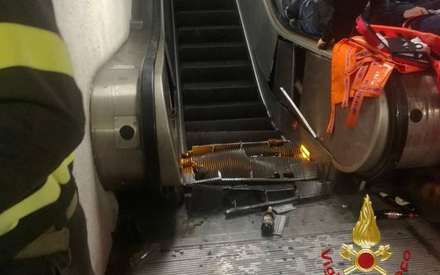Champions League, Rom: Polizei ermittelt nach Einsturz einer Rolltreppe, Diese Rolltreppe in der U-Bahn-Station Repubblica stürzte ein