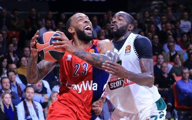Derrick Williams (l.) war mit 21 Punkten Topscorer der Bayern-Basketballer