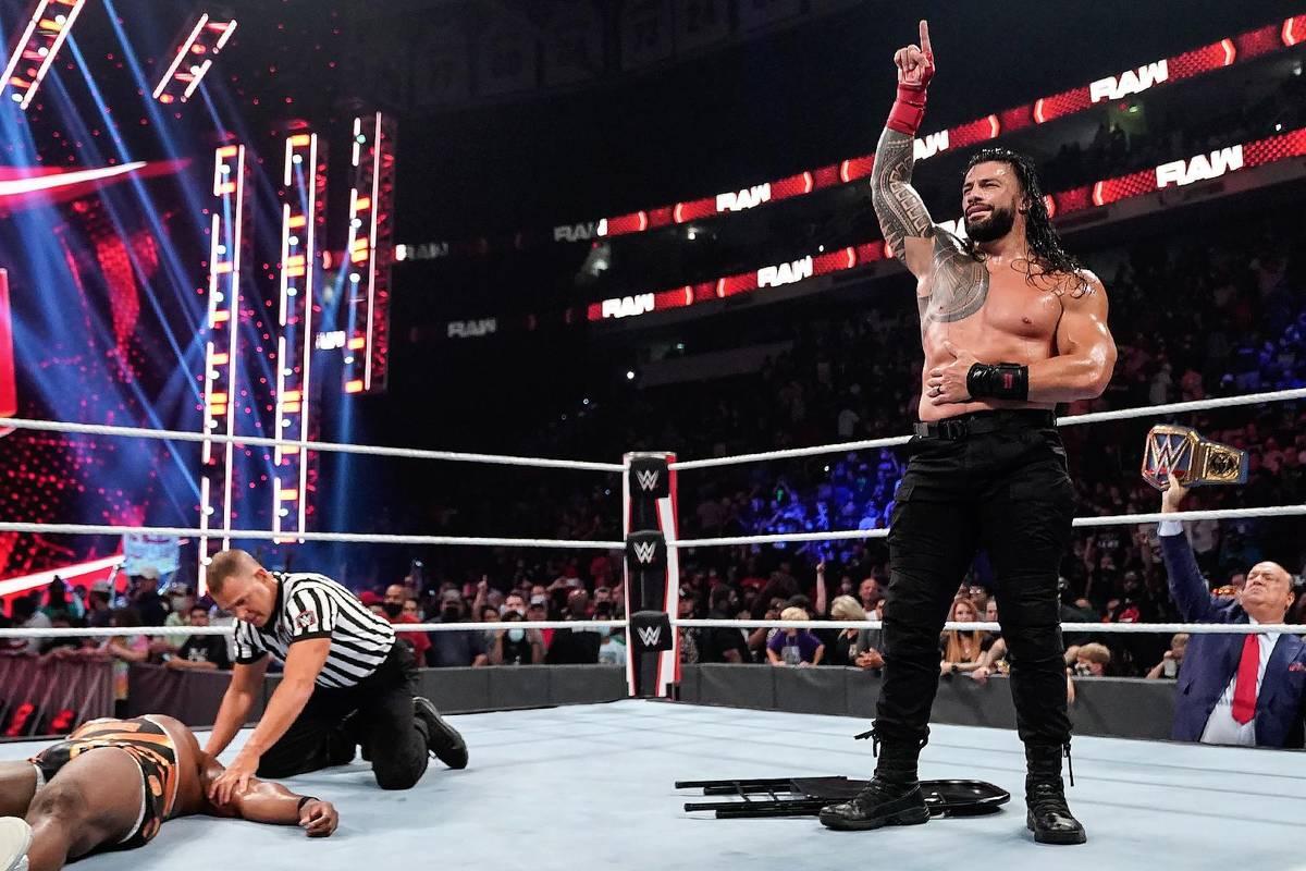 Roman Reigns war zu Gast bei WWE Raw und bekam es dabei nicht nur mit The New Day und WWE-Champion, Big E zu tun.