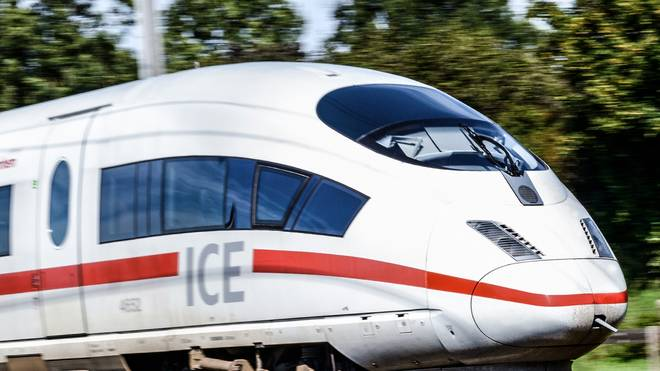 Die Bahn feiert den Geburtstag des ICE mit einem besonderen Spot