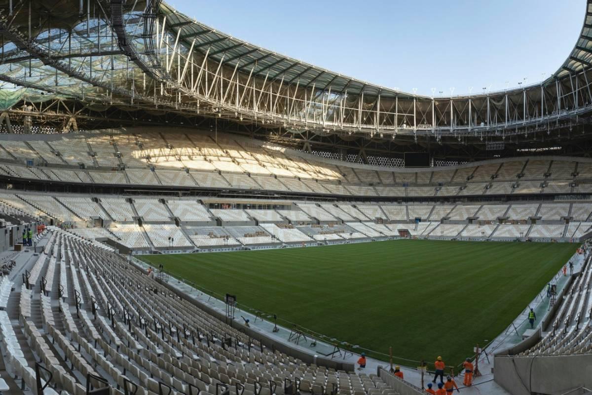 Das Finalstadion für die Fußball-Weltmeisterschaft 2022 in Katar steht unmittelbar vor der Fertigstellung.