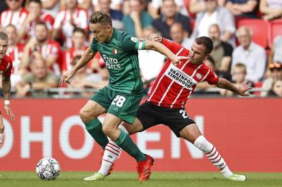 Die PSV Eindhoven muss die erste Saisonniederlage hinnehmen. Mario Götze wird bei der Pleite gegen Feyenoord Rotterdam zur Pause ausgewechselt