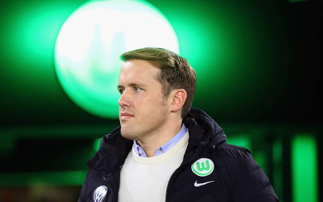 Sportdirektor Olaf Rebbe steht beim VfL Wolfsburg in der Kritik